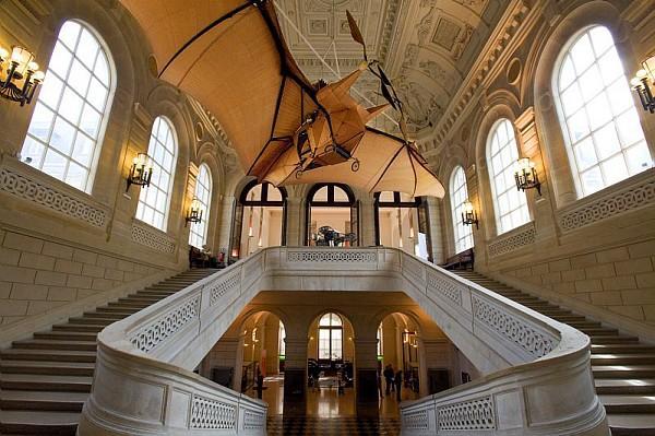 Collection du Musée des arts et métiers. Escalier d'honneur du M